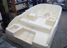 Budowa formy pokładku łodzi motorowej