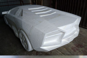 Lamborghini Reventon ze styropianu